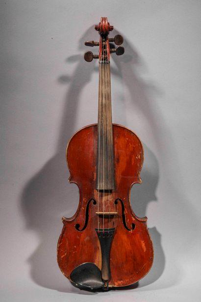 Violon 4/4, portant une étiquette Amati,...