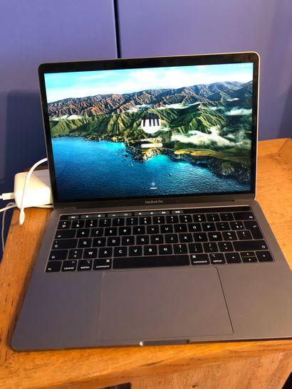 Apple MacBook Pro Sur réalisation de leasing...