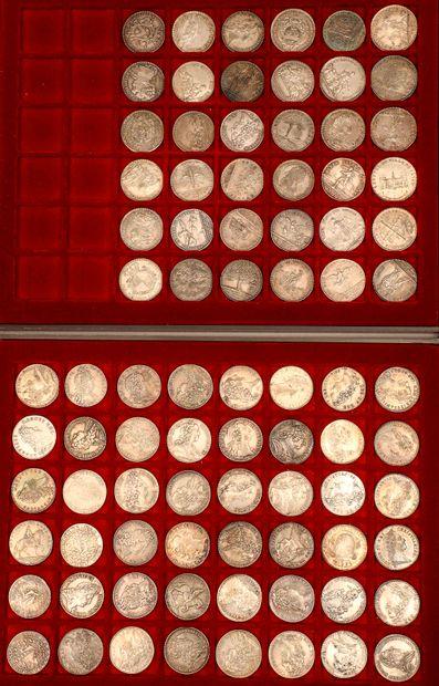 Lot de 84 jetons en argent principalement XVIIIème siècle dont : Extraordinaires...