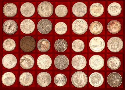 Lot de 184 monnaies françaises et étrangères principalement XXème siècle Angleterre,...