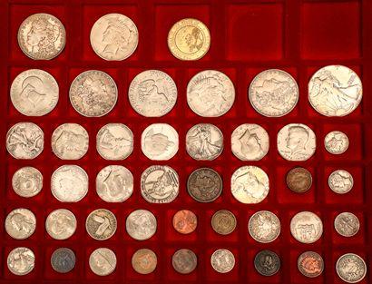 Lot de 156 monnaies françaises et étrangères...