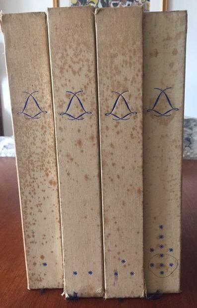 CAHIERS DE LA CERAMIQUE ET DES ARTS DU FEU. Dans quatre coffrets d'origine du numéro...