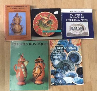 Poteries et faïences DE FERRIERE LA PETITE. Avit DURONSOY. 1982. -TERRES VERNISSES.17°/19°SIECLES....