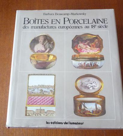 BOITES EN PORCELAINE DES MANUFACTURES EUROEPENNES...