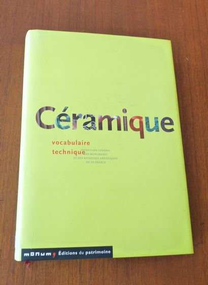 CERAMIQUE. VOCABULAIRE TECHNIQUE. Editions...