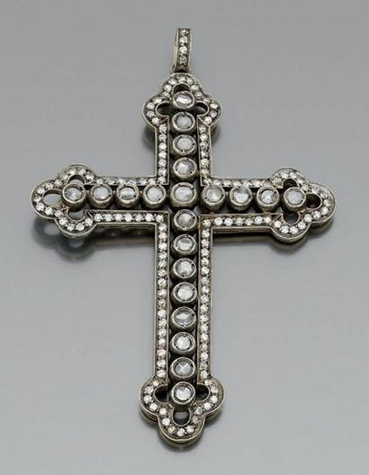 IMPORTANT PENDENTIF «croix» en or jaune 14...