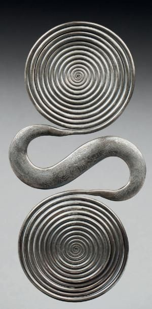GRAND CONTREPOIDS (BAIKU) en métal argentifère....
