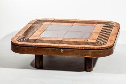 Roger CAPRON (1922-2006)  Table basse à structure...