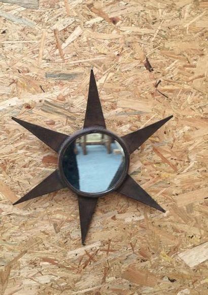 Miroir Soleil en fer forgé  Diam 23cm H 58cm