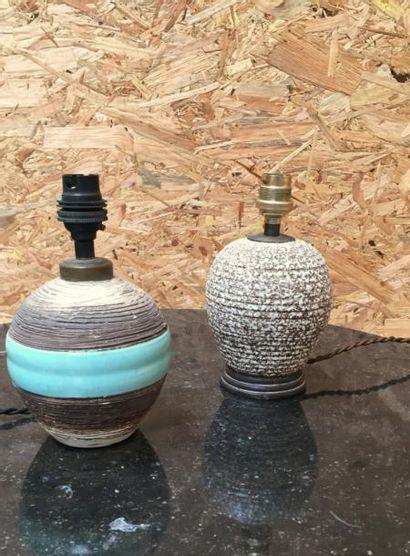 Deux petits pieds de lampes en céramique...