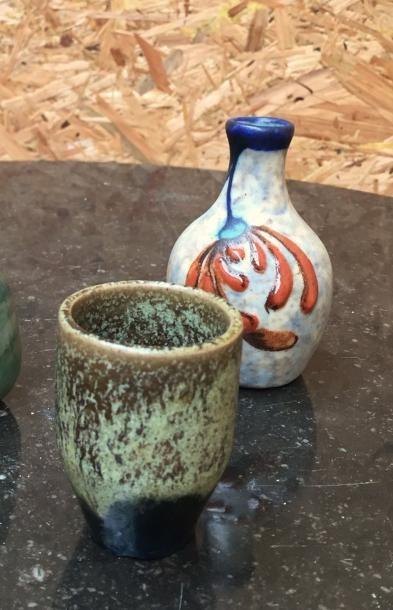 Henri SIMMEN (1880-1963)  Vase miniature,...