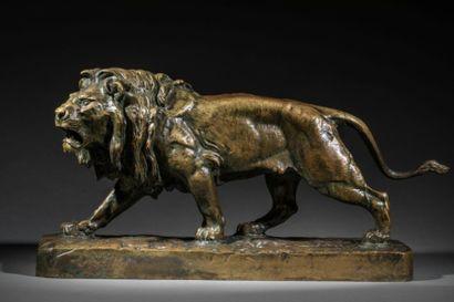 Lion marchant  Sculpture, épreuve en bronze...