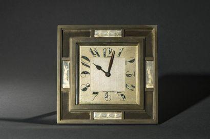 Pendulette rectangulaire, vers 1940  Cadre...