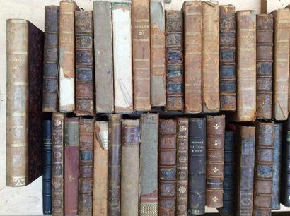 Ensemble de livres anciens 50 reliures XVIIIème...
