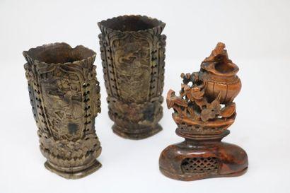 Chine, XXe siècle  Lot de trois stéatites...