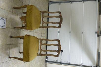 Paire de chaises en bois doré,  Style du...