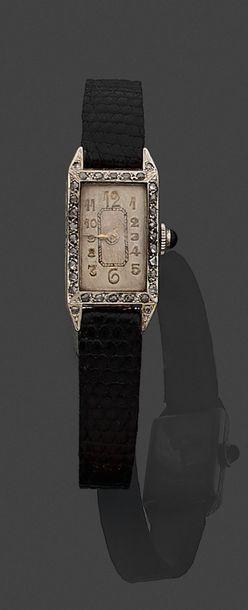 Montre-bracelet de dame, la montre de forme rectangulaire en or gris 750 millièmes,...