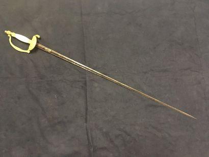 Belle épée d'officier époque fin consulat, 1er empire pommeau à tête de divinité...