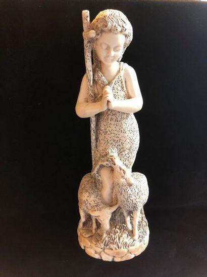 Berger sculpture en ivoire    H : 27 cm Inde...