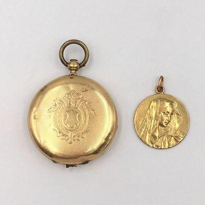 C - LOT en or jaune (750 millièmes) comprenant...