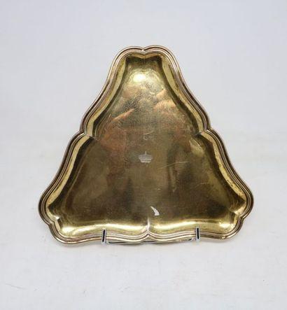 AUCOC  PLATEAU triangulaire en vermeil (950...