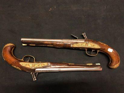 Paires de pistolets à silex de cavalerie...