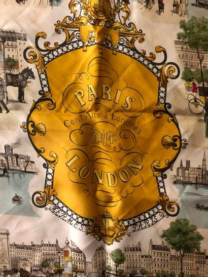 #Hermes Paris  Carré en soie, modèle « Cent...