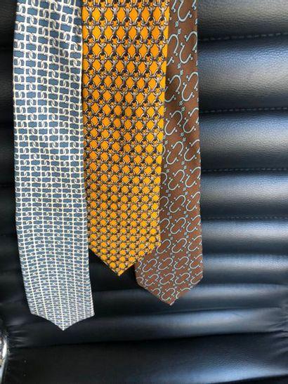 #Hermes Paris  Lot de 3 cravates