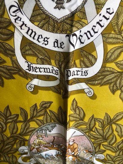 #Hermes Paris  Carré de soie, modèle Termes...