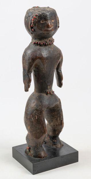 VERRE NIGERIA Tres belle statue à la patine...