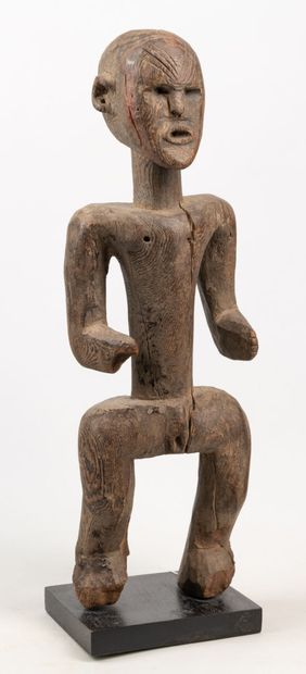 MONTOL NIGERIA Belle statue utilisée par...