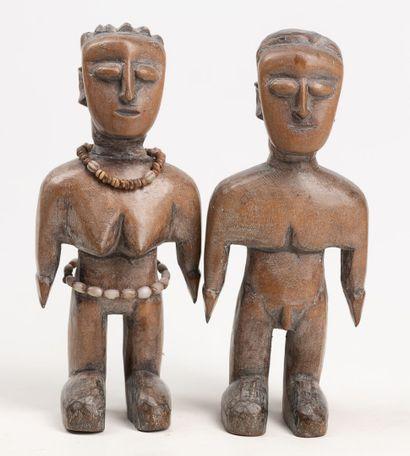 EWE TOGO Couple de statuette en bois à patine...
