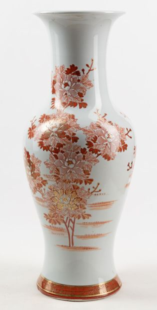 Un vase balustre, H52cm, Diam 17.5