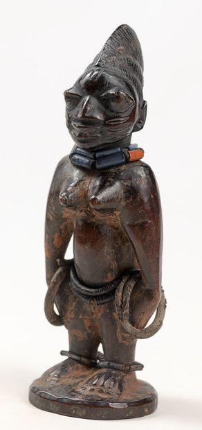YOROUBA NIGERIA Statuette