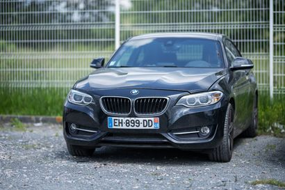 BMW SERIE 2 (218i) immatriculée EH-899-DD,...