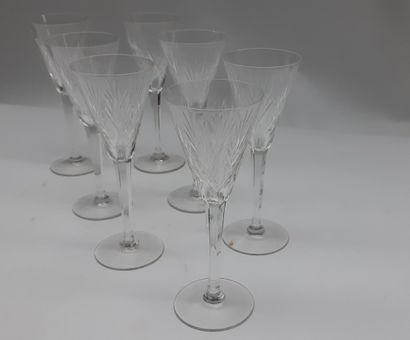 7 verres à pied en cristal