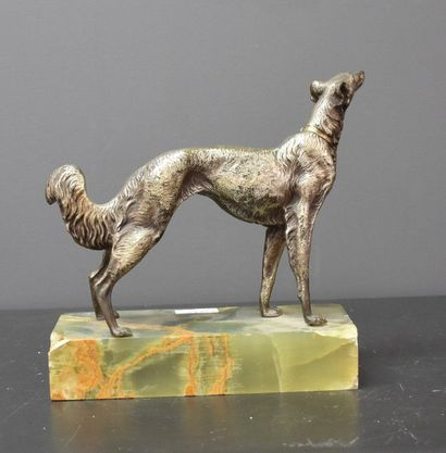 Greyhound in silver plated bronze on onyx base (splinter at the base, a nut to be...
