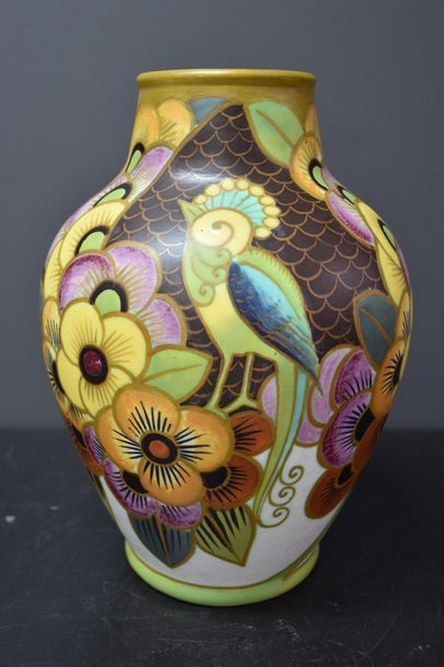 Vase Boch keramis aux oiseaux de paradis...