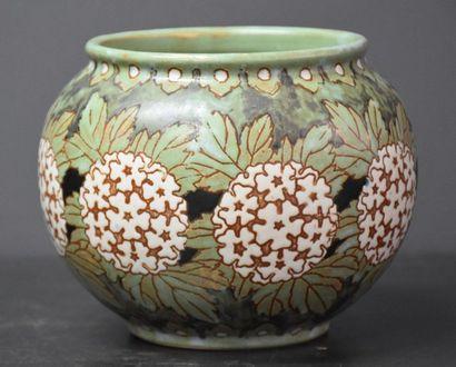 Vase Boch Keramis en grès à décor floral....