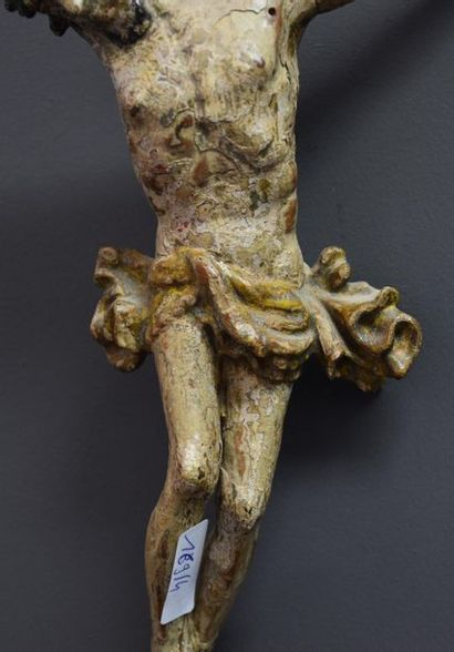 Christ in polychrome carved wood, 17th century . Germany . Ht 25 cm .