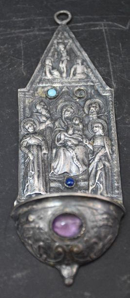 Solid silver stoup with Piéta and cabochon decoration. ( one missing ) . Ht 16 cm...