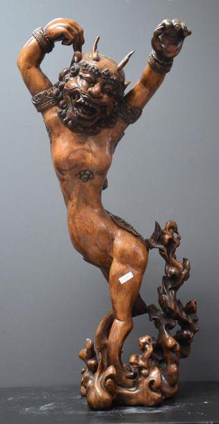 Sculpture indonésienne vers 1900. Divinité...