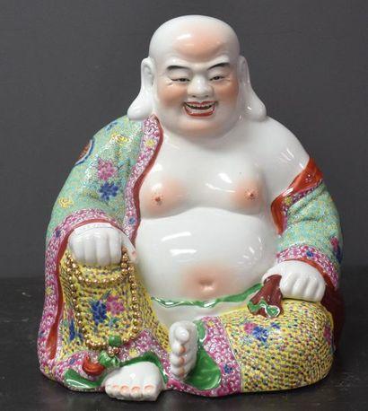 Bouddha rieur en porcelaine . Ht 28 cm .