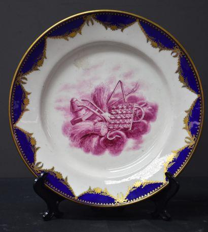 Assiette en porcelaine de Tournai Bleu et...