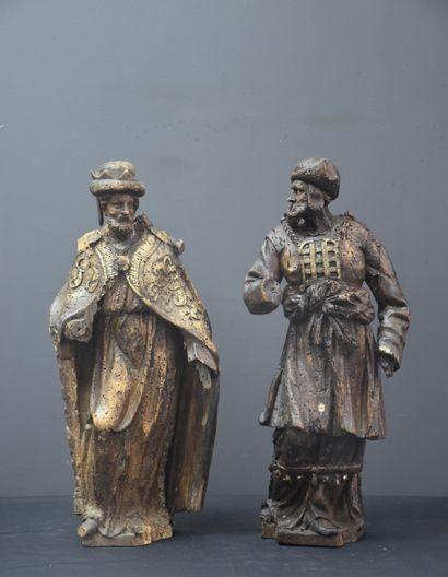 Paire de sculptures en bois XVII ème. Petits...