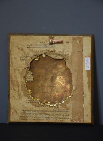 Petit tondo sur cuivre vers 1800 à décor de putti dans un paysage bucolique. Diamètre...
