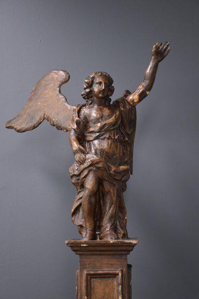 Bois sculpté baroque vers XVIII ème siècle. Ht : 75 cm.
