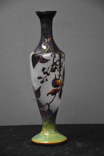 Vase art nouveau en cristal du Val Saint...