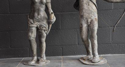 Deux sculptures en plomb d'extérieur. Travail ancien, vraisemblablement fin XVIII...