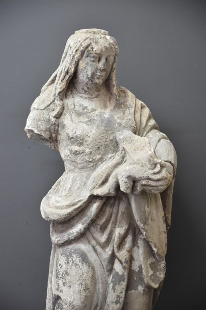 Virgin in stone carved around 1600. Restorations and lacks. Height : 64 cm.